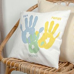 Coussin personnalisé - Petites mains - 0