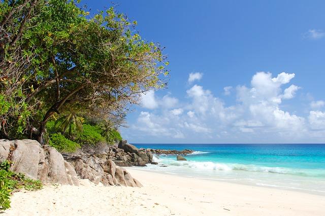 voyage romantique aux seychelles