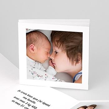 Faire part de naissance fille portrait de bébé avec photo