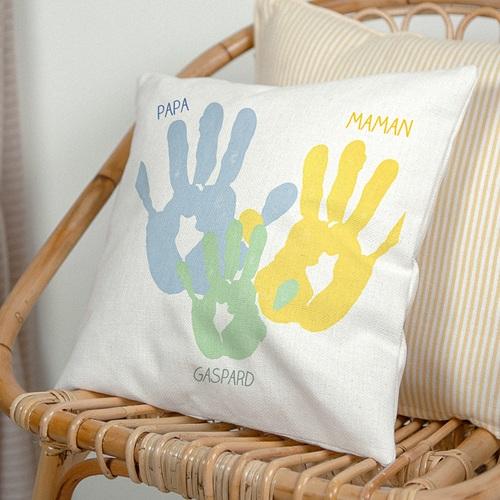 Coussin personnalisé - Petites mains 42944