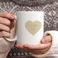 Mug Coeurs de couleurs gratuit