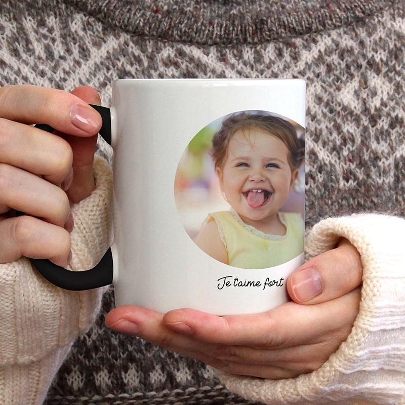 Mug fête des mères Unique au Monde gratuit