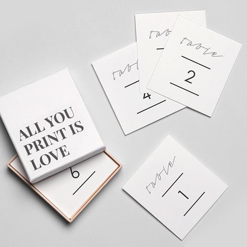 Marque Table Mariage Minimaliste Gris & Blanc gratuit
