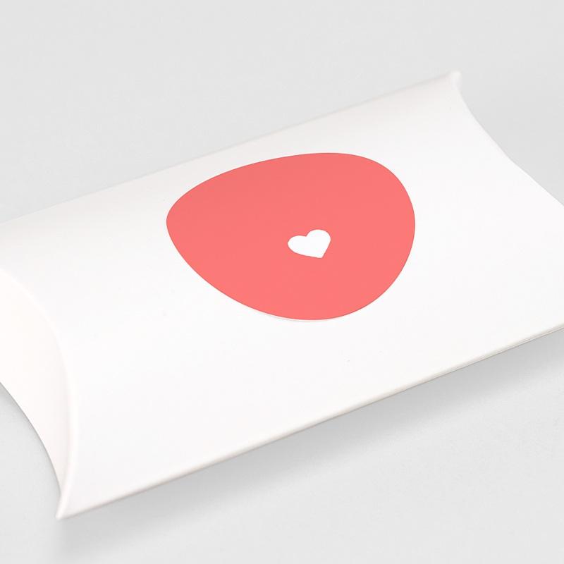 Etiquette Autocollante Naissance Mini-brief, Coeur fond rose gratuit
