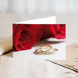 Faire Part Mariage classique Roses rouges et deux alliances