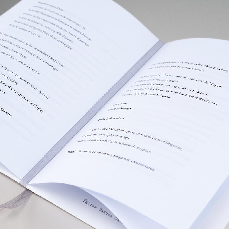 Livret Messe Mariage Fleurs romantiques, couverture 15x22 gratuit