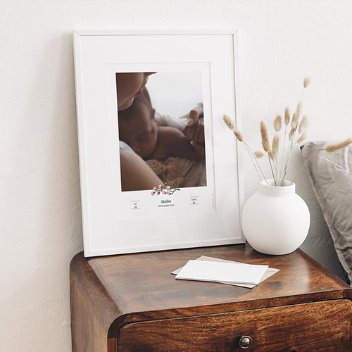 Affiches Baies Roses, Photo & prénom Bébé, 30 x 40 cm gratuit