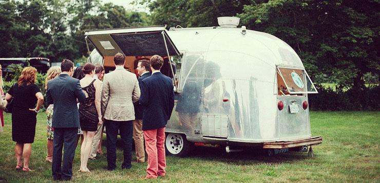 buffet de mariage autour du food truck