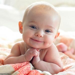 Album-bébé-qui-sourit-1