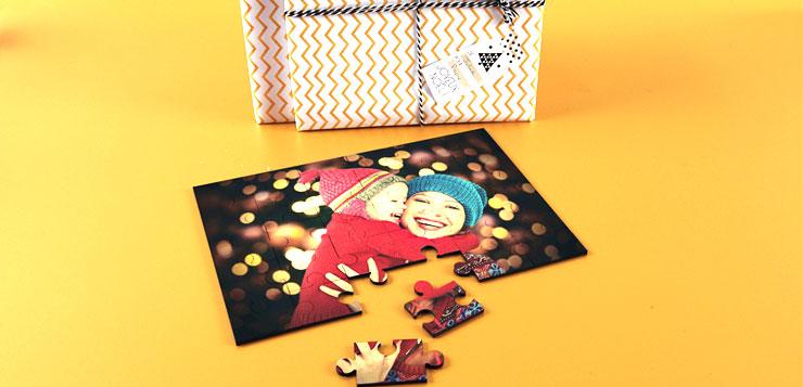 Puzzle avec la photo d'une maman et sa petite fille